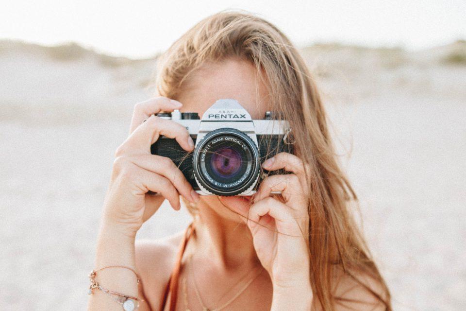 写真家・フォトグラファー・カメラマンサイト用WordPressテンプレートおすすめ5選(日本語・スマホ対応・有料テーマ)